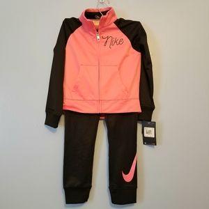 Nike Girls 2pc Sweat Suit sz 6 Black & Pink NWT